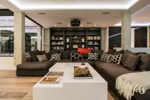 Una casa familiar sofisticada y acogedora